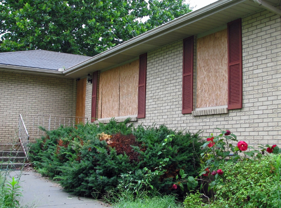 Boarded up home in Arlington Heights, IL